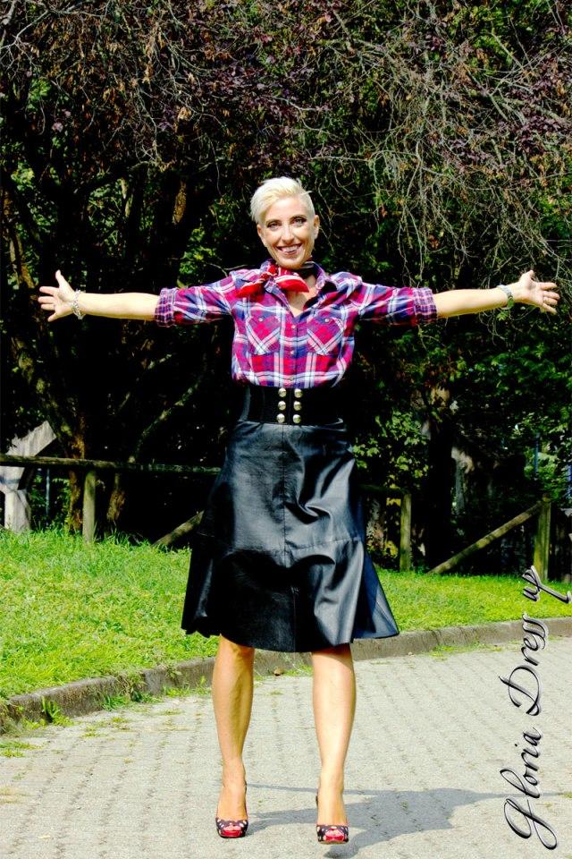gonna_pelle_e_camicia_quadri_8